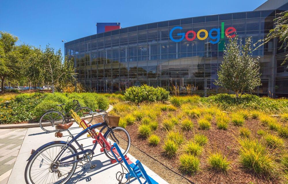 Facebook či Google pronikají do etických fondů. Pro některé šok, pro jiné nevyhnutelný krok