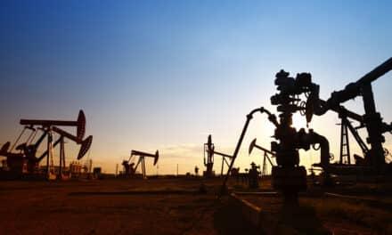 Zelená energie už na burze překonává ropu. Kdo do ní investuje, může několikanásobně vydělat