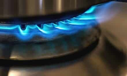 V listopadu a prosinci nebude DPH u energií. Domácnostem stát odpustí poplatek za OZE